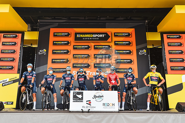 Alpecin-Fenix at sign on before the start of Stage 4 of the 2021 Tour de France, running 150.4km from Redon to Fougeres, France. 29th June 2021.  <br /> Picture: A.S.O./Charly Lopez   Cyclefile<br /> <br /> All photos usage must carry mandatory copyright credit (© Cyclefile   A.S.O./Charly Lopez)