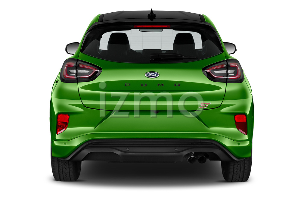 Straight rear view of 2021 Ford Puma ST 5 Door SUV Rear View  stock images