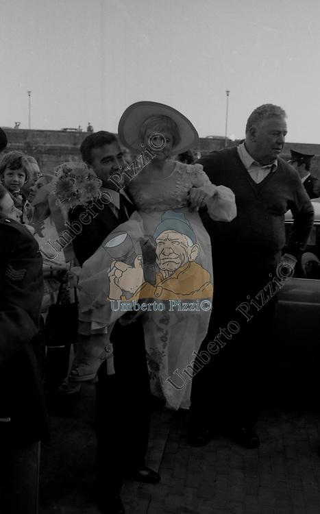 MATRIMONIO RITA PAVONE E TEDDY RENO<br /> ARICCIA 09/1971