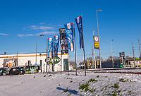 Rotterdam, Netherlands, December 12, 2017, Topsportcentrum, Ned. Loterij NK Tennis,  outside flaggs<br /> Photo: Tennisimages/Henk Koster
