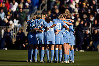 North Carolina Tar Heels players huddle before the start of the game. The North Carolina Tar Heels defeated the Notre Dame Fighting Irish 2-1 during the finals of the NCAA Women's College Cup at Wakemed Soccer Park in Cary, NC, on December 7, 2008. Photo by Howard C. Smith/isiphotos.com