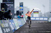 Mathieu Van der Poel (NED/Alpecin-Fenix) wins his 4th elite rainbow jersey<br /> <br /> UCI 2021 Cyclocross World Championships - Ostend, Belgium<br /> <br /> Elite Men's Race<br /> <br /> ©kramon