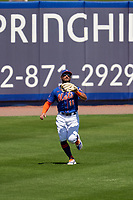 New York Mets outfielder Kevin Pillar (11) catches a fly ball during a Major League Spring Training game against the St. Louis Cardinals on March 19, 2021 at Clover Park in St. Lucie, Florida.  (Mike Janes/Four Seam Images)