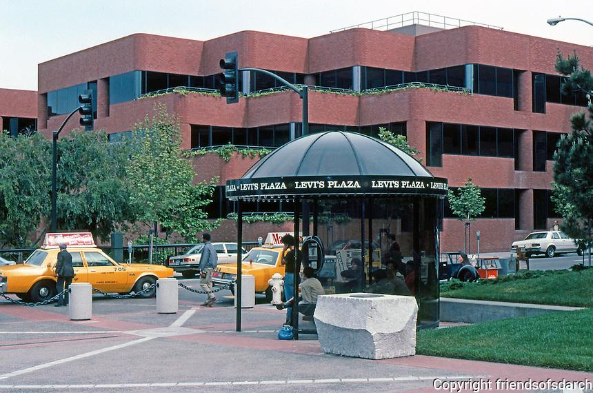 San Francisco: Levi's Plaza--Bus Kiosk.   Photo '84.