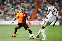 Galatasaray´s Wesley Sneijder (L) during Santiago Bernabeu Trophy match at Santiago Bernabeu stadium in Madrid, Spain. August 18, 2015. (ALTERPHOTOS/Victor Blanco)