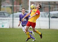 Sparta Heester - SV Anzegem : Lander Windels (r) in duel met David Labeeuw (l)<br /> foto VDB / BART VANDENBROUCKE