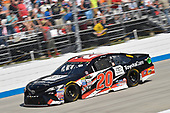 Monster Energy NASCAR Cup Series<br /> AAA 400 Drive for Autism<br /> Dover International Speedway, Dover, DE USA<br /> Sunday 4 June 2017<br /> Matt Kenseth, Joe Gibbs Racing, ToyotaCare Toyota Camry<br /> World Copyright: Logan Whitton<br /> LAT Images<br /> ref: Digital Image 17DOV1LW4015