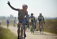 111th Paris-Roubaix 2013..assistance needed