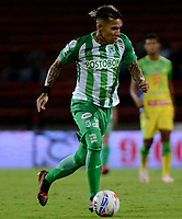 MEDELLÍN - COLOMBIA - 28 - 03 - 2018: Dayro Moreno, jugador de Atletico Nacional, en acción, durante partido de la fecha 11 entre Atletico Nacional y Atletico Huila, por la Liga Águila I 2018, jugado en el estadio Atanasio Girardot de la ciudad de Medellín. / Dayro Moreno, player of Atletico Nacional, in action, during a match of the 11th date between Atletico Nacional and Atletico Huila for the Aguila League I 2018, played at Atanasio Girardot stadium in Medellin city. Photo: VizzorImage / León Monsalve / Cont.