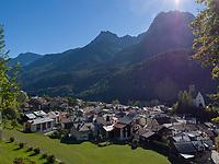 Blick über Unterdorf, Scuol, Unterengadin, Graubünden, Schweiz, Europa<br /> Scuol Unterdorf,  Scuol Valley, Engadine, Grisons, Switzerland