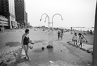 Israel, March and April 1987  ..A trip through Israel and its occupied territories during the first Intifada, Palestinian uprising in 1987.  Tel Aviv beach scene...Photo Kees Metselaar