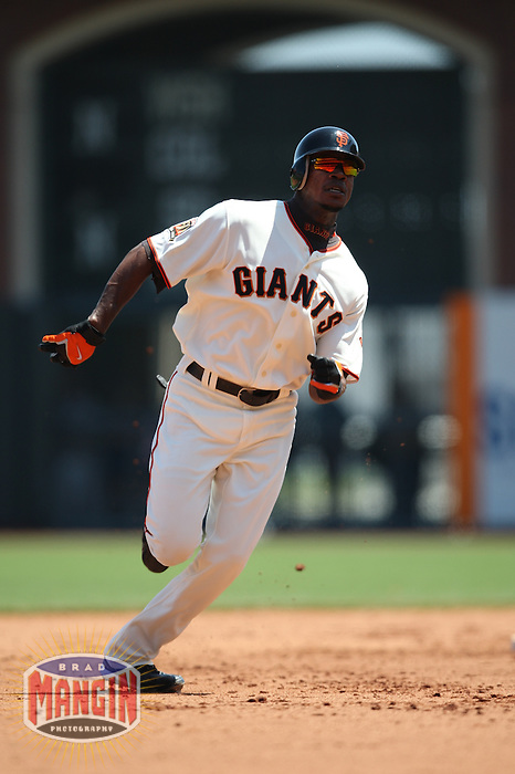 SAN FRANCISCO - AUGUST 6:  Fred Lewis of the San Francisco Giants runs the bases during the game against the Atlanta Braves at AT&T Park in San Francisco, California on August 6, 2008.  The Giants defeated the Braves 3-2.  Photo by Brad Mangin