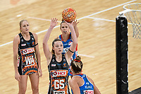 6th June 2021; Ken Rosewall Arena, Sydney, New South Wales, Australia; Australian Suncorp Super Netball, New South Wales, NSW Swifts versus Giants Netball; Sophie Dwyer of Giants Netball prepares to shoot