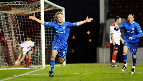 20TH APR 2010, CLYDE V STIRLING ALBION AT BROADWOOD STADIUM, CUMBERNAULD, IAIN RUSSELL SCORES THE WINNING GOAL AND CELEBRATES, 1-2, ROB CASEY PHOTOGRAPHY.