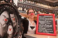 Europe/France/Midi-Pyrénées/31/Haute-Garonne/Toulouse: Elsa Abadie dans son  Restaurant: Le Nez Rouge [Non destiné à un usage publicitaire - Not intended for an advertising use]