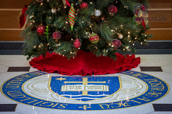 November 20, 2020; Christmas tree and University Seal in the Eck Hall of Law (Photo by Matt Cashore/University of Notre Dame)