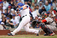 August 18, 2007: Chicago Cubs Matt Murton at bat against the St. Louis Cardinals at Wrigley Field in Chicago, IL.  Photo by:  Chris Proctor/Four Seam Images