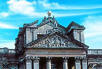 Sir John Vanbrugh: Blenheim Palace, entrance portico, detail. Photo '05.
