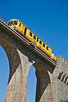 Europe/France/Languedoc-Roussillon/66/Pyrénées-Orientales/Cerdagne/Fontpédrouse: Le pont Séjourné , également appelé pont de Fontpédrouse est un viaduc ferroviaire permettant à la ligne de Cerdagne et au Train jaune de Cerdagne de franchir la Têt.