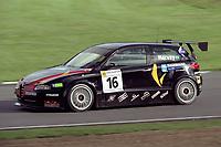 Final rounds of the 2001 British Touring Car Championship. #16 Tim Harvey (GBR). JS Motorsport. Alfa Romeo 147.