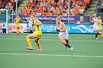 The Hague, Netherlands, June 07: Kelly Jonker #10 of The Netherlands runs for the ball during the field hockey group match (Group A) between Australia and The Netherlands on June 7, 2014 during the World Cup 2014 at Kyocera Stadium in The Hague, Netherlands. Final score 0-0 (0-2) (Photo by Dirk Markgraf / www.265-images.com) *** Local caption ***