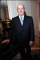 PAUL BOCUSE - COCKTAIL DE LANCEMENT DU GUIDE PUDLO 2008 PAR GILLES PUDLOWSKI, AU GEORGE V