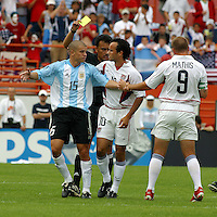 AndrŽs D'Alesandro, left, Landon Donovan, middle, Clint Mathis, right, Argentina vs. USA, Miami, Fla.