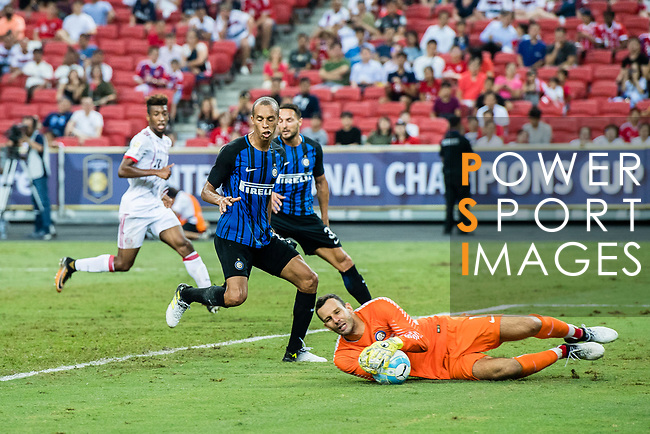 FC Internazionale Goalkeeper Samir Handanovic (R) in action during the International Champions Cup match between FC Bayern and FC Internazionale at National Stadium on July 27, 2017 in Singapore. Photo by Marcio Rodrigo Machado / Power Sport Images