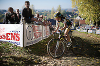 Jolien Verschueren (BEL/Young Telenet-Fidea) leads the race up the Koppenberg cobbles and will stay ahead for most of the race (to eventually take the biggest win in her young career)<br /> <br /> Elite Women's race<br /> Koppenbergcross 2015