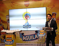 BOGOTA -COLOMBIA, 19-DICIEMBRE-2014. Jaime Colon ,  de   Mercadeo de Bavaria durante su intervencion en el  sorteo de los cuadrangulares de ascenso en las instalaciones de Bavaria nuevo patrocinador del futbol colombiano .El grupo A quedo  conformado por los equipos : Cucuta ,Bucaramanga, Real Cartagena ,y Leones del Quindio ,el grupo B conformado por  los equipos: Pereira ,Cortulua ,Magdalena y America. /  Jaime Colon of  Bavaria Marketing  during his intervention in the draw for the climb homers facilities Bavaria new sponsor of Colombian soccer .The group A I remain composed of teams: Cucuta, Bucaramanga, Real Cartagena, and Lions Quindio, group B comprised of teams: Pereira, Cortulua, Magdalena and America. Photo / VizzorImage / Felipe Caicedo  / Staff