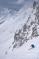 CMH - Steep Camp 2009 - Ski extrème en couloir - Val Halla - 2920 m - long 1160 - Face Sud Est - Colombie Britanique, Canada, Amérique du Nord, North America