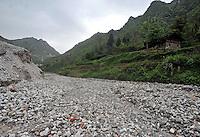 Luoxi Mercury Mining Area, near Wanchuan, Guizhou, China, 20th April 2009.<br /> <br /> Photo by Richard Jones