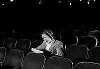 ARCHIVE -<br /> Robert-Guy Scully dans des mises-en-scenes sur le cinema : spectateur , critique, ...<br /> <br /> 1973, date exacte inconnue<br /> <br /> Photo : Agence Quebec Presse  - Alain Renaud