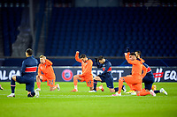 Players kneel on the pitch against racism <br /> Paris  09/12/2020 <br /> Paris Saint Germain PSG - Istanbul Basaksehir<br /> Champions League 2020/2021<br /> Photo JB Autissier / Panoramic / Insidefoto <br /> Italy Only