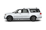 Car Driver side profile view of a2015 Lincoln Navigator Select 5 Door SUV Side View