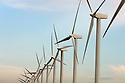 04/01/07 - PORT SAINT LOUIS - BOUCHES DU RHONE - FRANCE - Parc Eolien de Port Saint Louis. MISTRAL ENERGIE - Photo Jerome CHABANNE