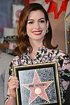 8516_Anne Hathaway Star