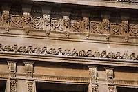 Europe/France/Aquitaine/33/Gironde/Bordeaux: Détail de façade du Palais de Justice de Bordeaux