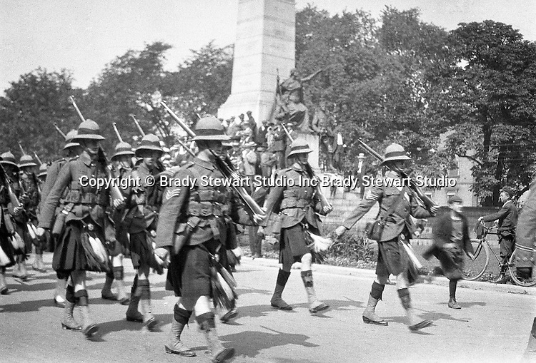 Niagara Falls Ontario:  The parade celebrating the 100th Anniversary of the Battle of Lundy's Lane.  The 44th Regiment marching in the parade.