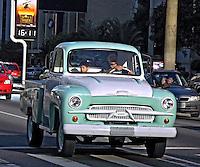 Carro antigo. SP.Foto de Manuel Lourenço.