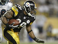 07 September 2006: Pittsburgh Steelers' Willie Parker plays against the Miami Dolphins at Heinz Field in Pittsburgh, Pennsylvania.<br />