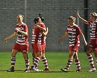 20131001 - VARSENARE , BELGIUM :  Antwerp pictured celebrating their 1-0 lead during the female soccer match between Club Brugge Vrouwen and Royal Antwerp FC Ladies , of the fifth matchday in the BENELEAGUE competition. Tuesday 1 October 2013. PHOTO DAVID CATRY