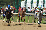 April 11, 2015: Race Day leading with Carve and Tapiture right behind coming down the stretch of the Oaklawn Hanicap at Oaklawn Park in Hot Springs, AR. Justin Manning/ESW/CSM