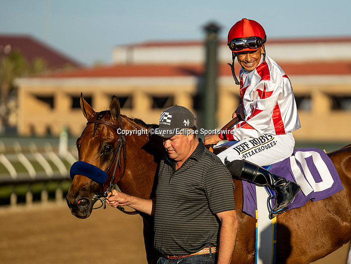 SEPTEMBER 04 2021:  Corniche with Mike Smith wins a maiden race at Del Mar Fairgrounds in Del Mar, California on September 04, 2021. Evers/Eclipse Sportswire/CSM