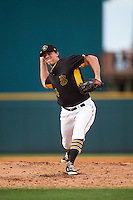 Bradenton Marauders relief pitcher Sam Street (34) delivers a pitch during a game against the Lakeland Flying Tigers on April 16, 2016 at McKechnie Field in Bradenton, Florida.  Lakeland defeated Bradenton 7-4.  (Mike Janes/Four Seam Images)
