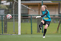 Goalkeeper Lisa Vandeputte (1) of Eendracht Aalst  pictured during a female soccer game between SV Zulte - Waregem and Eendracht Aalst on the 9 th matchday in play off 2 of the 2020 - 2021 season of Belgian Scooore Womens Super League , saturday 22 nd of May 2021  in Zulte , Belgium . PHOTO SPORTPIX.BE | SPP | DIRK VUYLSTEKE