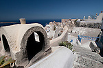 Elements of Cycladic Architecture in Oia