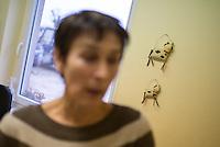 Milchbauernhof Luch-Agrar der Milchbaeuerin Karin Beuster (im Bild).<br /> 10.3.2015, Brandenburg, Tietzow<br /> Copyright: Christian-Ditsch.de<br /> [Inhaltsveraendernde Manipulation des Fotos nur nach ausdruecklicher Genehmigung des Fotografen. Vereinbarungen ueber Abtretung von Persoenlichkeitsrechten/Model Release der abgebildeten Person/Personen liegen nicht vor. NO MODEL RELEASE! Nur fuer Redaktionelle Zwecke. Don't publish without copyright Christian-Ditsch.de, Veroeffentlichung nur mit Fotografennennung, sowie gegen Honorar, MwSt. und Beleg. Konto: I N G - D i B a, IBAN DE58500105175400192269, BIC INGDDEFFXXX, Kontakt: post@christian-ditsch.de<br /> Bei der Bearbeitung der Dateiinformationen darf die Urheberkennzeichnung in den EXIF- und  IPTC-Daten nicht entfernt werden, diese sind in digitalen Medien nach §95c UrhG rechtlich geschuetzt. Der Urhebervermerk wird gemaess §13 UrhG verlangt.]