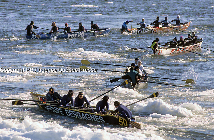 2013 Quebec City, Carnival canoe race on the frozen St. Lawrence River<br /> <br /> PHOTO :  Agence Quebec presse