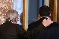 Il presidente della Commissione Europea Jean-Claude Juncker, sinistra, saluta il presidente del Consiglio Matteo Renzi al termine del loro incontro a Palazzo Chigi, Roma, 26 febbraio 2016.<br /> European Commission's President Jean-Claude Juncker, left, greets Italian Premier Matteo Renzi at the end of their meeting at Chigi Palace, Rome, 26 February 2016.<br /> UPDATE IMAGES PRESS/Riccardo De Luca